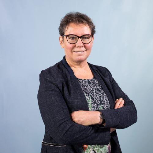 Drs. Jolande van Loon